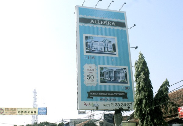 Produk - Billboard